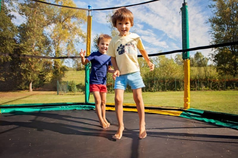8ft-trampoline-with-enclosure